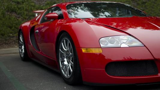 红色布加迪汽车宽屏壁纸