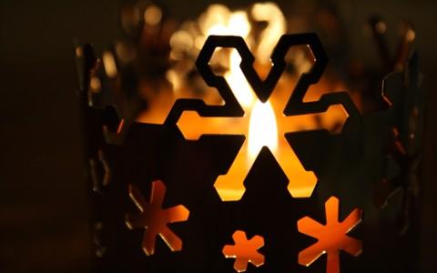 漂亮的圣诞蜡烛壁纸