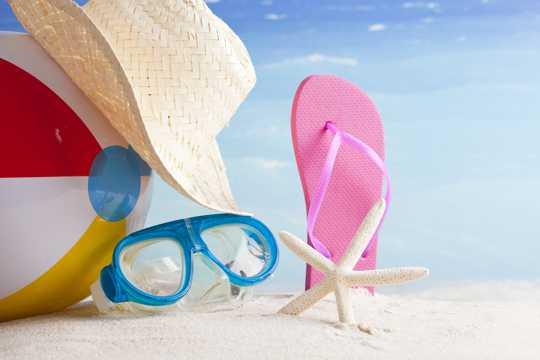 海滩唯美鞋帽拍照图片