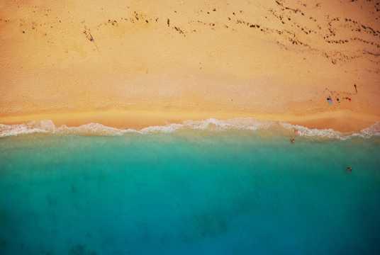 海岸沙滩景色图片