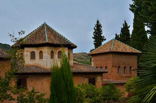 西班牙阿尔汉布拉宫图片