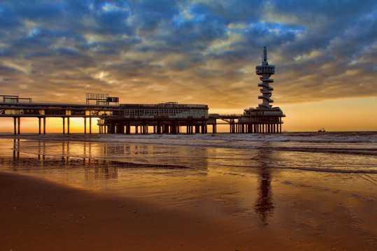 海洋码头朝阳图片