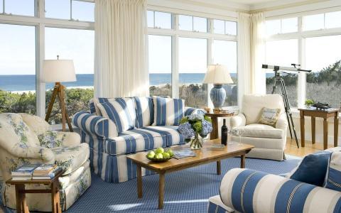 在海边的蓝色客厅
