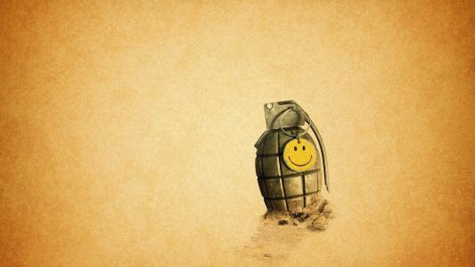 用笑脸别针的手榴弹