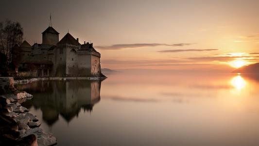 西雍城堡,瑞士