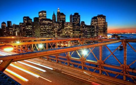 在城市点燃的桥梁