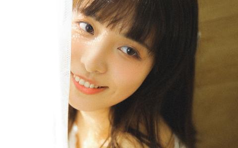 清纯恬静美女模特甜美可爱迷人写真