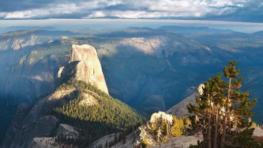 非常漂亮的山景