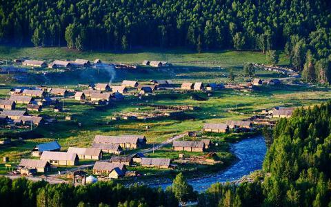 新疆禾木村唯美田园风光