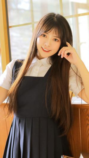 日系清纯美女气质甜美写真