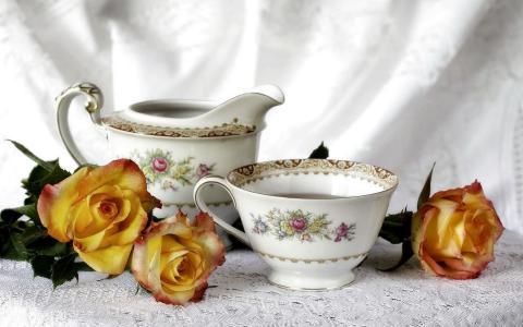 黄玫瑰和茶