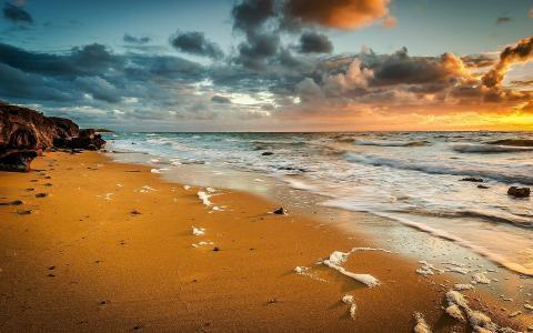 平静的海滩