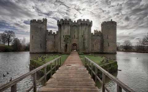 入口的城堡