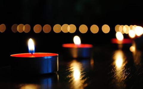燃烧的蜡烛