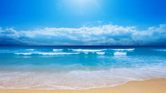 波澜壮阔的海边风景