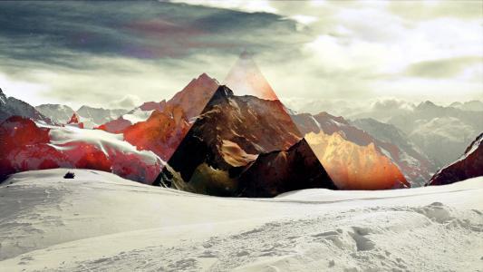 山上的三角形
