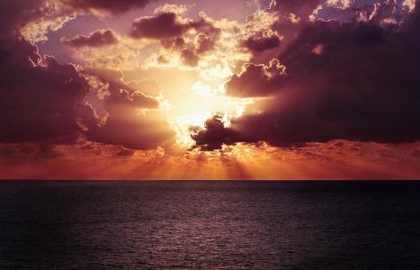 大海与夕阳