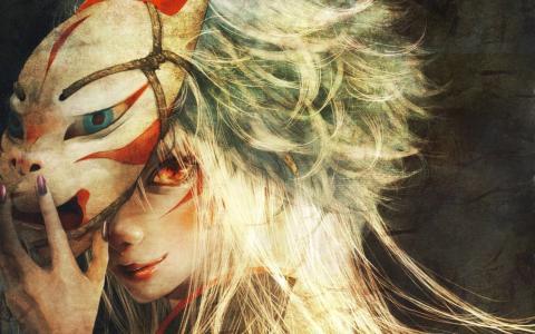 面具后面的火热的眼睛的女人