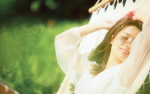 气质美女温婉慵懒迷人写真